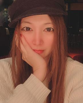 FANZAライブチャットに出演中のAV女優チャットレディあさみん